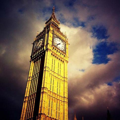 4. Torre reloj