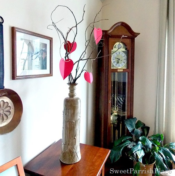 paper heart Valentine Tree3
