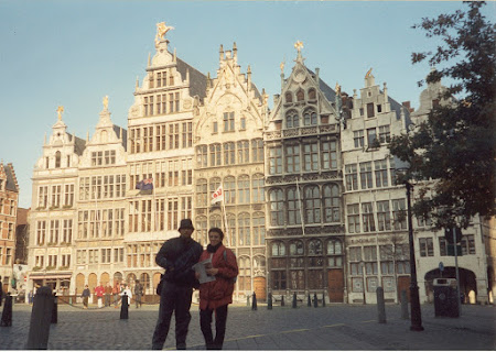 Imagini Belgia: Piata centrala Antwerpen