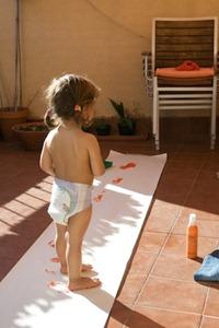 pintando-con-los-pies-1