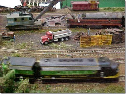 MVC-491S Metro Model Railroad Club at TrainTime 2000
