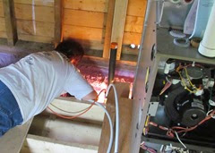 1408006 Aug 01 Barb Checking For Leaks