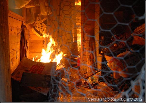 24H palomiehenä ulkorakennuksen polttaminen 021