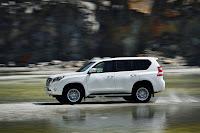 2014-Toyota-Land-Cruiser-Prado-07.jpg
