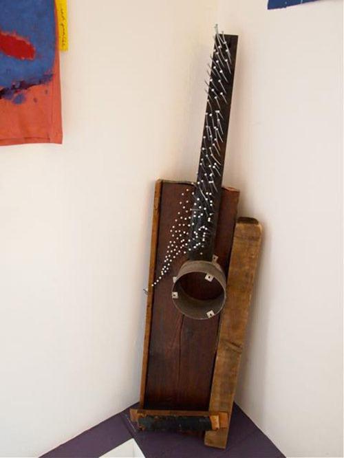 Guitarras recicladas 02