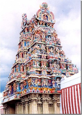 424px-Gopuram-madurai