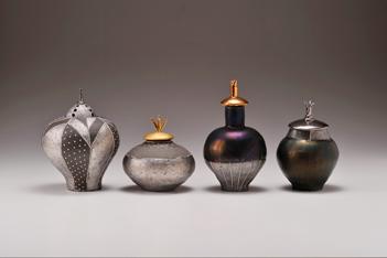 2011寄神千惠子陶個展