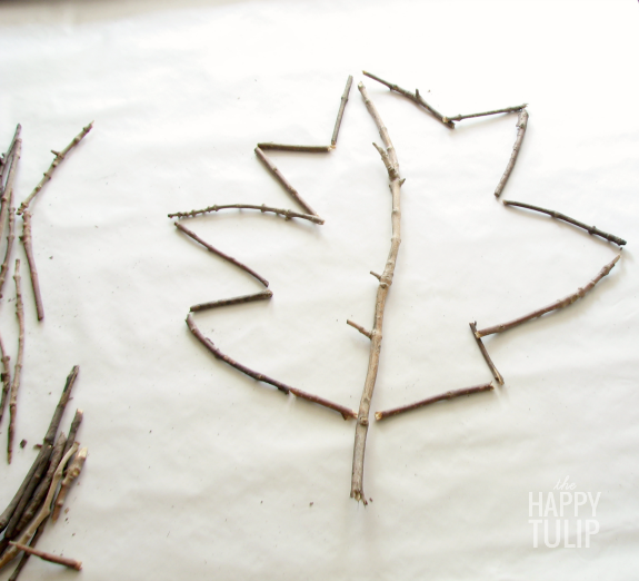 twig leaf outline