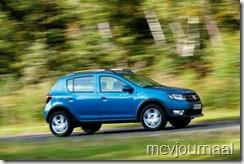 Dacia Sandero Stepway 2013 02
