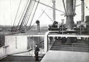 Tanto el CORCOVADO, como el YPIRANGA, fueron dotados de tanques antibalance, instalados en cubierta. Colección Arturo Paniagua