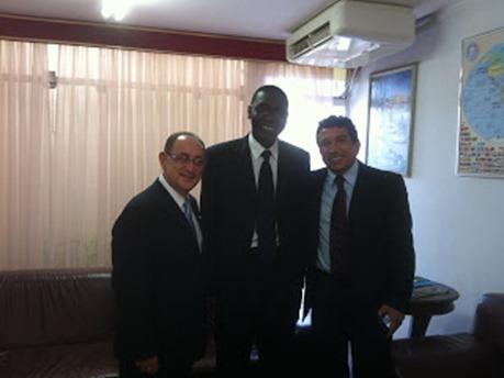 Magno Malta e embaixador do Senegal