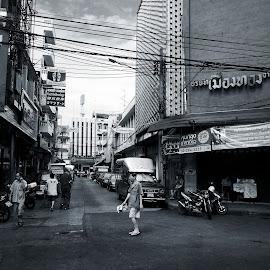 Bangkok Chinatown by Matthäus Rojek - City,  Street & Park  Street Scenes ( bangkok, krungthep, street, chinatown, thailand, bangkok chinatown )