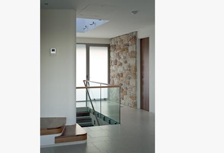 diseño-interior-casa-Luis-Rosselli