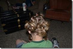 Hairdo-smelly pie 033