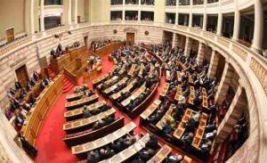 Τεταμένο το κλίμα στη Βουλή – δεν πέρασε η απελευθέρωση του ωραρίου των φαρμακείων