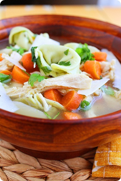 Chicken Tortellini Soup – Quick and easy all-in-one weeknight meal - tender tortellini, chicken and veggies! | thecomfortofcooking.com