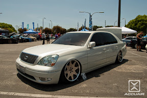 Lexus LS430 on AccuAir ar management sitting on Leon Hardiritt Waffe