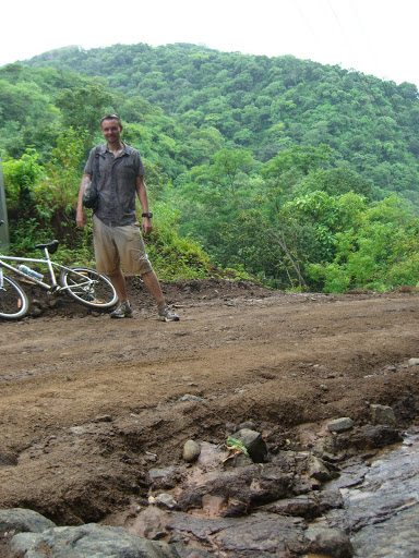Playa Flamingo Cycling - Monkey Trail - heading downhill - slightly muddy me