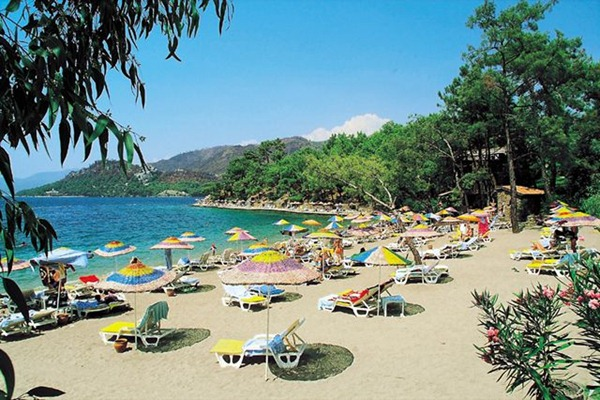 شاطئ مارماريس