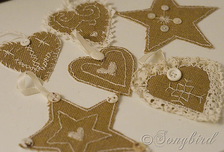 Songbird Burlap Ornaments 1