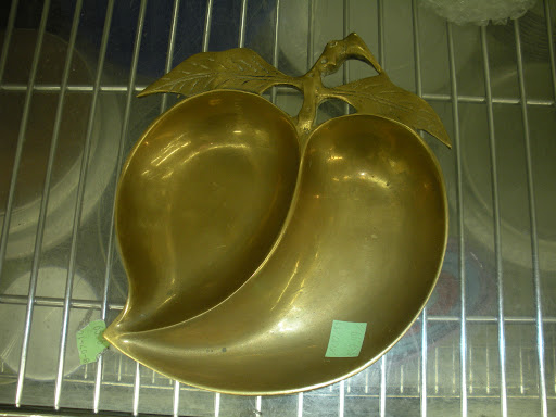 An interesting radish-shaped serving dish.