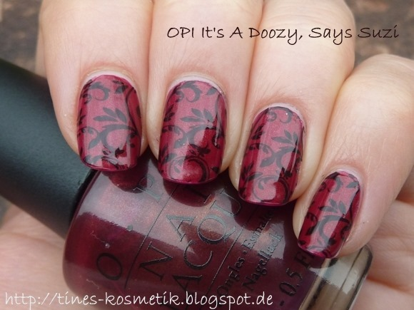 OPI Its A Doozy Stamping 3