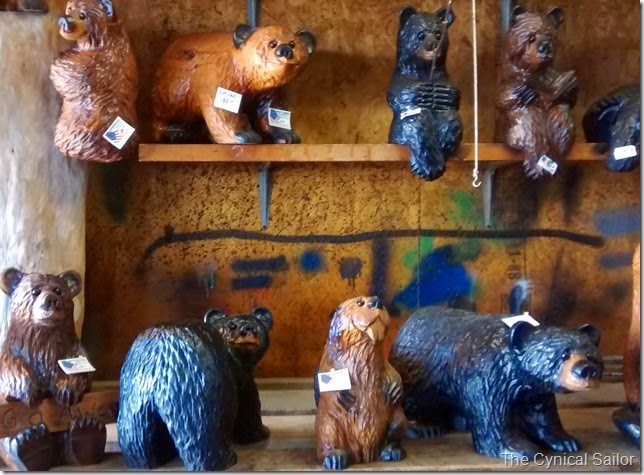 Carved bears for sale on the Oregon Coast