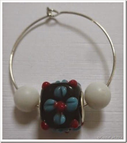 Beaded glass wine charm. crafts