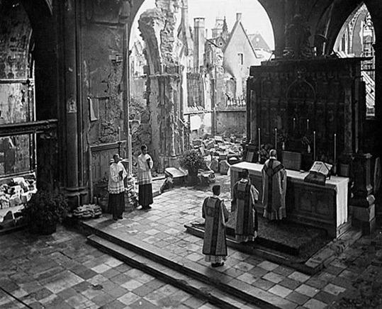 Latin Mass 50