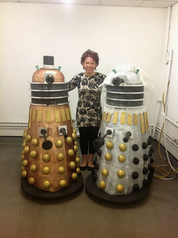 Life Size Dalek Wedding Cakes by Dinkydoodle Designs via That's Nerdalicious