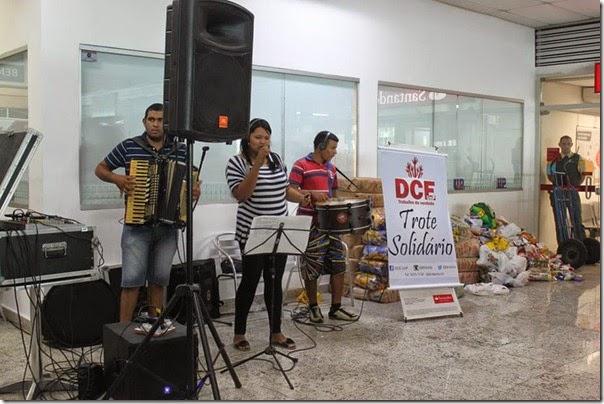 Banda animou o intervalo - Trote Solidário Dce UnP