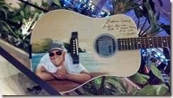 Guitar Margaritaville2014-09-21_15-39-44_884