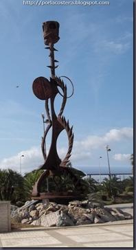 la hembra del mar escultura planetari