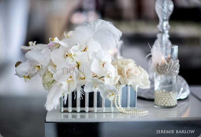 mirrored Gatsby-Wedding-pearls-feathers karen tran jeremie barlow photo