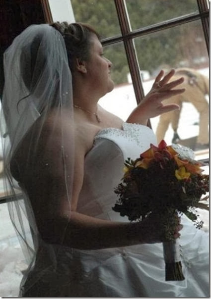 funny-wedding-photos-044