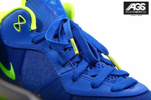 """lebron 8 sprite. Nike LeBron 8 V/2 Low """"Sprite"""""""