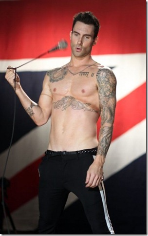 adam-levine-moves-like-jagger-3