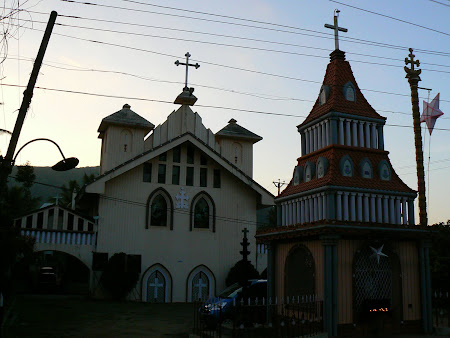 Sights of Kerala: The Ortodox church from Thekkady
