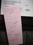 De beoordelingskaart. Rechts onder 97 punten. U mag zelf het handschrift der keurmeesters ontcijferen.