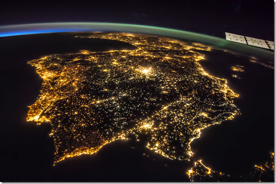 Península ibérica iluminada