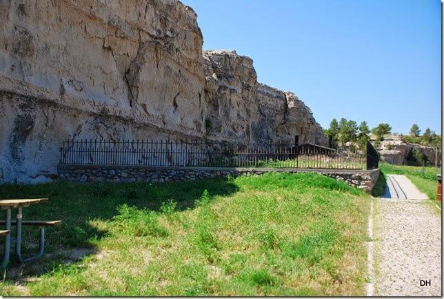 07-03-14 A Register Cliffs SHS (100)