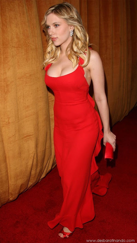 scarlett-johansson-linda-sensual-sexy-sexdutora-tits-boobs-boob-peitos-desbaratinando-sexta-proibida (218)
