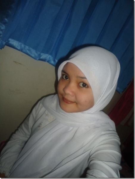 Siti Badriyah 226779_217376314958806_100000593160031_819158_1490785_n