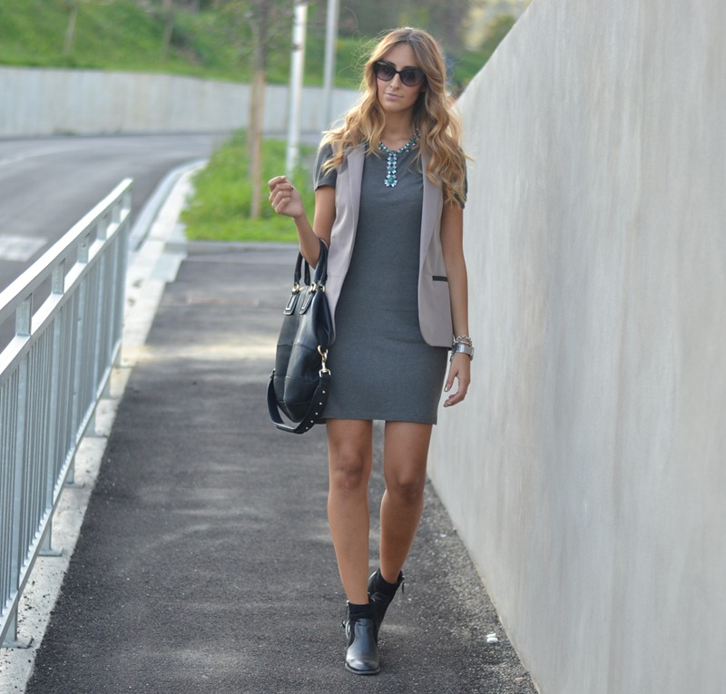 Hair, Hairdresser, Dior Sunglasses, Primark Jacket, Givenchy Bag, Fashion Blogger, Nelly Boots, Gray Blazer, Zara, Zara Dress, Gray Primark