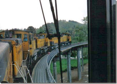 Weyerhaeuser Woods Railroad (WTCX) Cowlitz River Bridge at Kelso, Washington on May 17, 2005