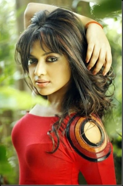 amala-paul-new-08