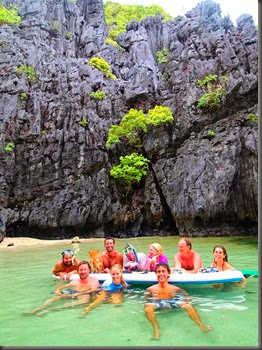 private beach liveaboard cruising phillippines el nido