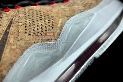 lebron10 nsw cork 53 web black The Showcase: NIKE LEBRON X Cork World Champions Shoes