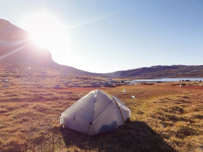 Finnsbergvatnet morning tent
