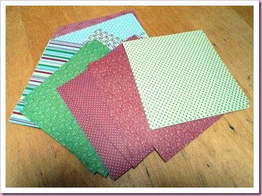 DoCrafts Back To Basics Christmas pack